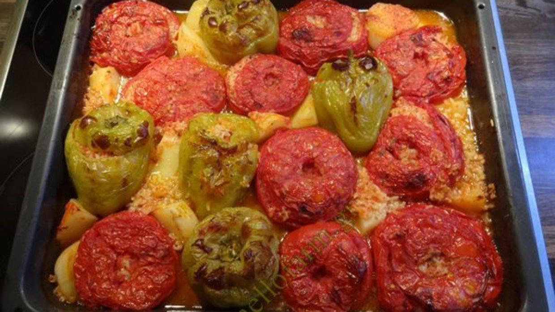 Γεμιστά ντομάτες και πιπεριές – video συνταγή